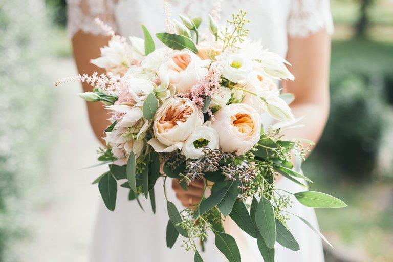 دسته گل عروس به سبک روستیک