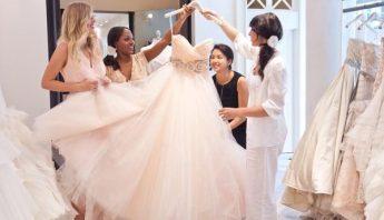 انتخاب لباس عروس یا همراه