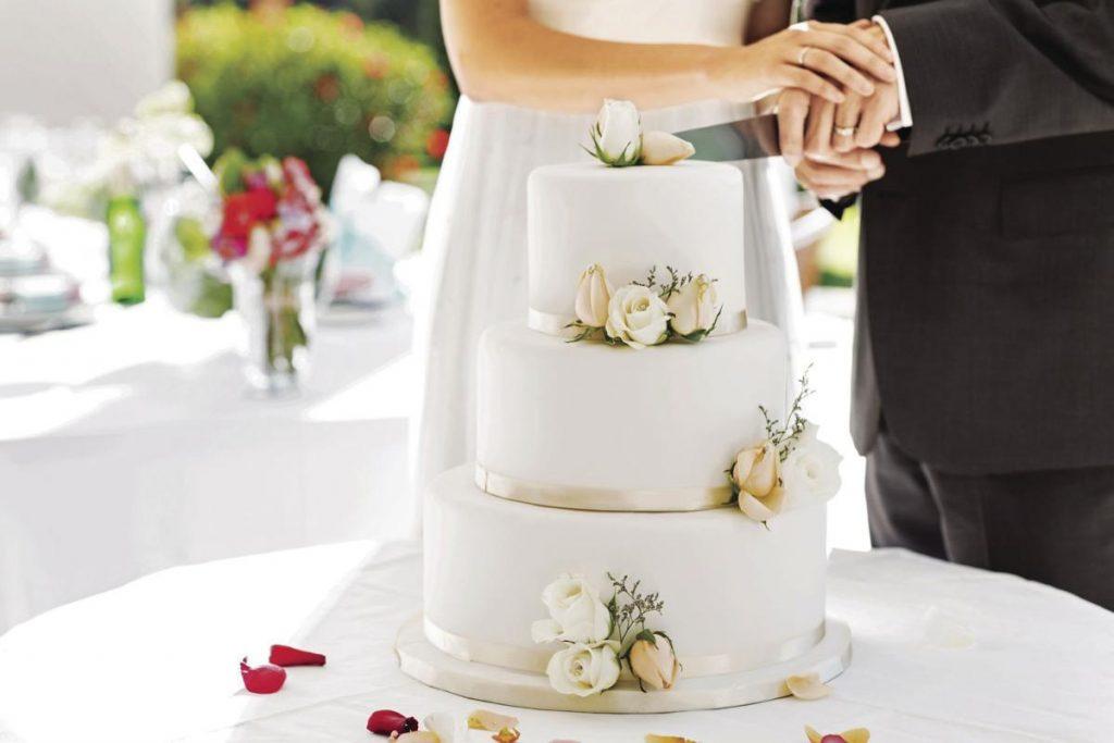 از قبل کیک را تست کنید